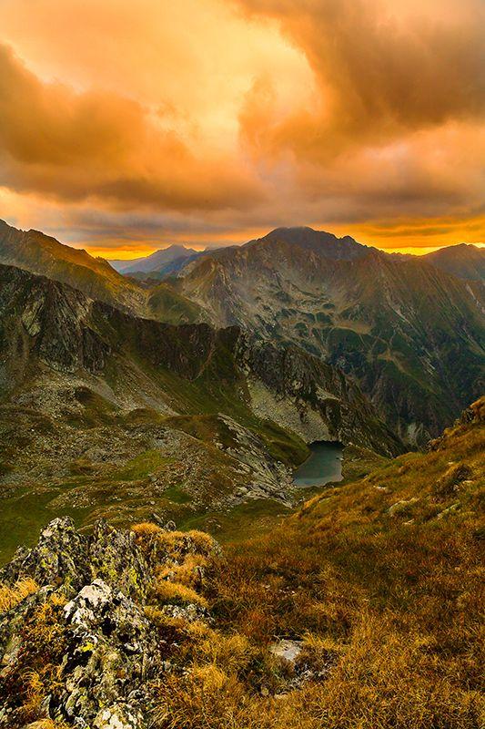 Fagaras mountains or the Transylvanian Alps, Romania, www.romaniasfriends.com