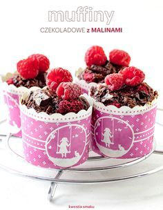 Muffiny czekoladowe z malinami