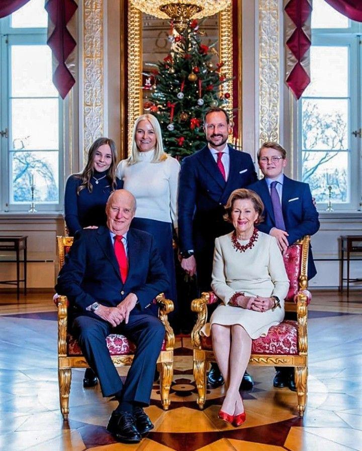 Mette Marit And Haakon 2018 Royal Family Christmas Royal