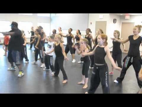 HIP HOP DANCE MOVES FOR KIDS: HIP HOP DANCE MOVES FOR KIDS TUTORIAL THE WAKE UP SONG - YouTube