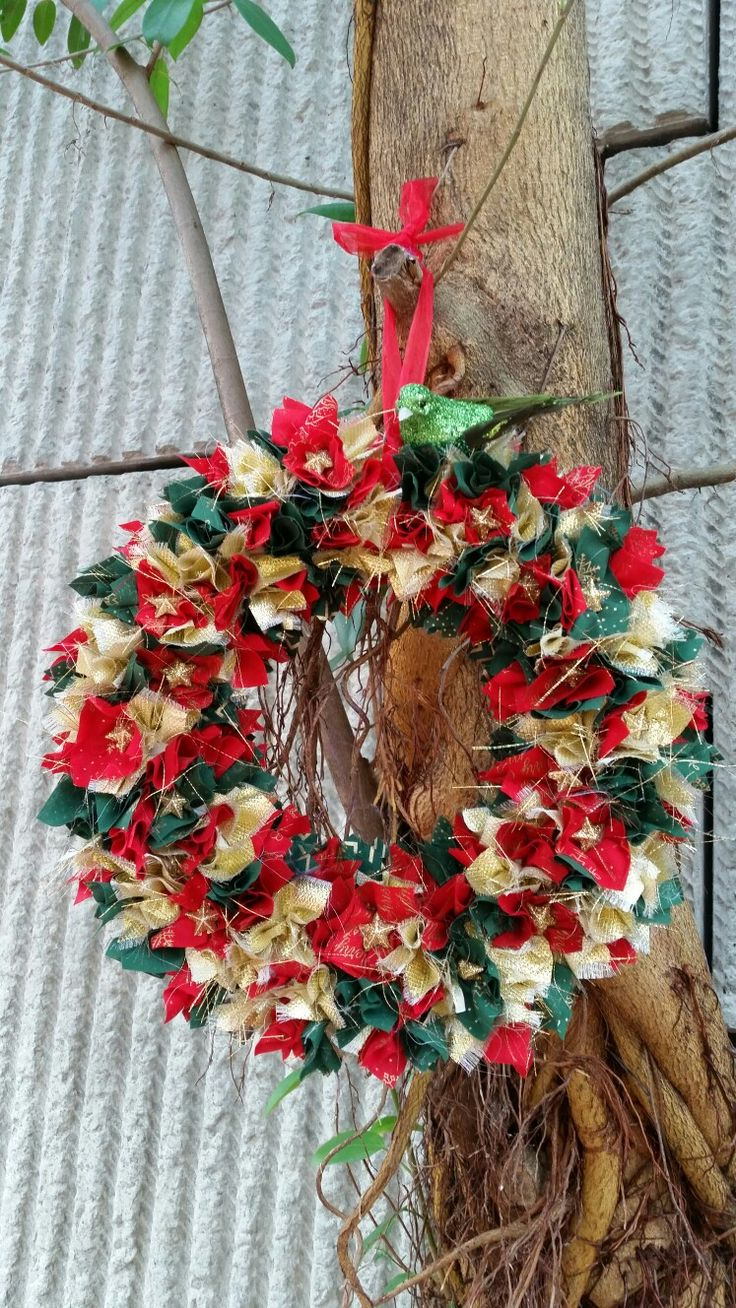 """16"""" Red/Green & Gold Scrappy Wreath"""