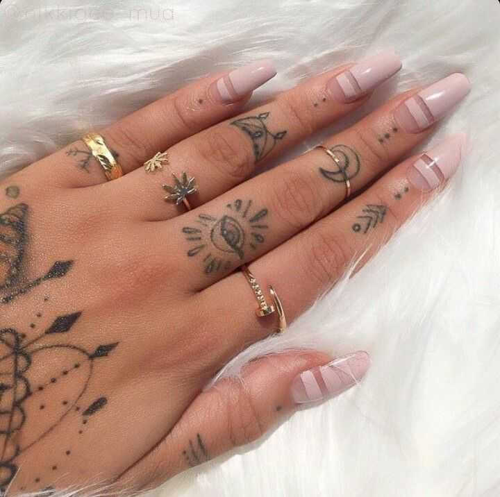 Nude oval shape acrylic nails m a k e u p n a i l s for Finger tattoos fade