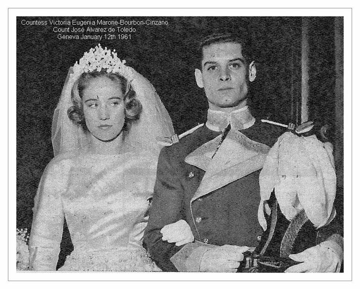 Vittoria Eugenia Marone-Cinzano (b. 5 March 1941), eldest child of Infanta Maria Cristina of Spain and husband Count Enrico Marone-Cinzano.  Vittoria is show here with her groom, Jose Carlos, Marquis of Casa Loring and 8th Count of Villapaterna, on their wedding day, 12 Jan. 1961.  They had 4 children:  Vittoria, Francisco, Marco, and Gonzalo, pics of whom are very hard to find so I'm moving on.
