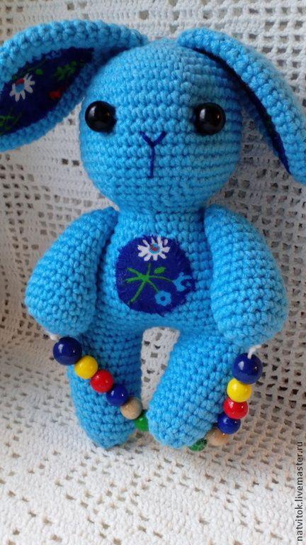 Купить Заюшка со скакалкой,развивающая игрушка для малышей вязаный крючком - голубой, кролик игрушка blue crochet bunny,  amigurumi for babies