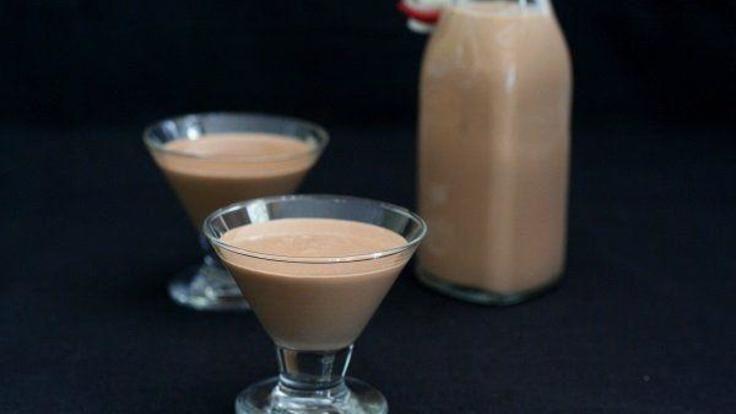Homemade sugar-free Irish cream liqueur