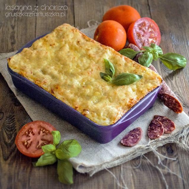 Jeśli macie ochotę na pyszne danie kuchni włoskiej, koniecznie wypróbujcie ten przepis! Lasagna z chorizo jest pyszna i sycąca!