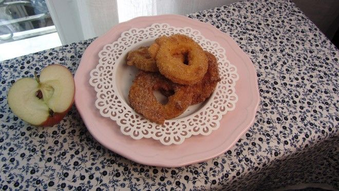 Apple fritters - recept | 24Kitchen