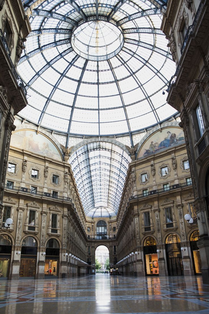 Fay City Diaries' first destination: Galleria Vittorio Emanuele. http://www.fay.com/it/city-diaries/milano