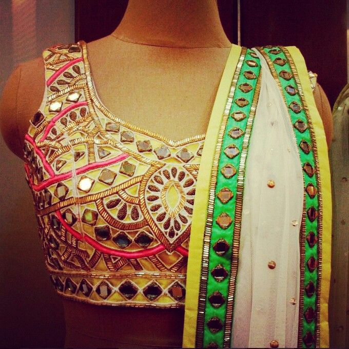 This dress screams my name all over it. i would love to have this dress for my sangeet ceremony :))