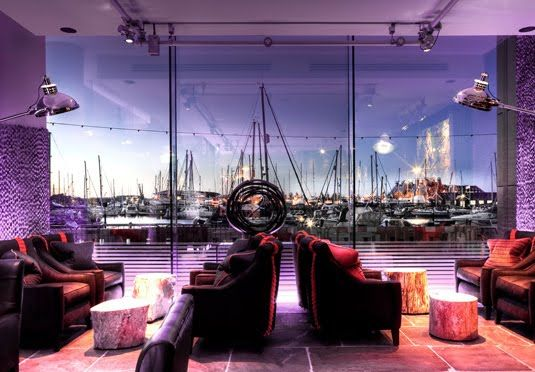 Designer boutique hotel overlooking the harbour in Ipswich - includes breakfast and late check-out Would need to check out the dog friendliness