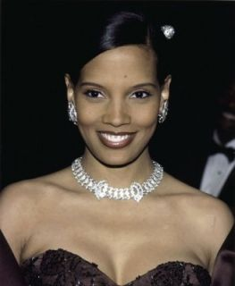 Shari Headley (born July 15, 1964) is an American actress. She is best known for her role as Lisa McDowell in the 1988 box-office hit romantic comedy film, Coming to America. Headley also has appeared in films The Preacher's Wife (1996) and Johnson Family Vacation (2004).