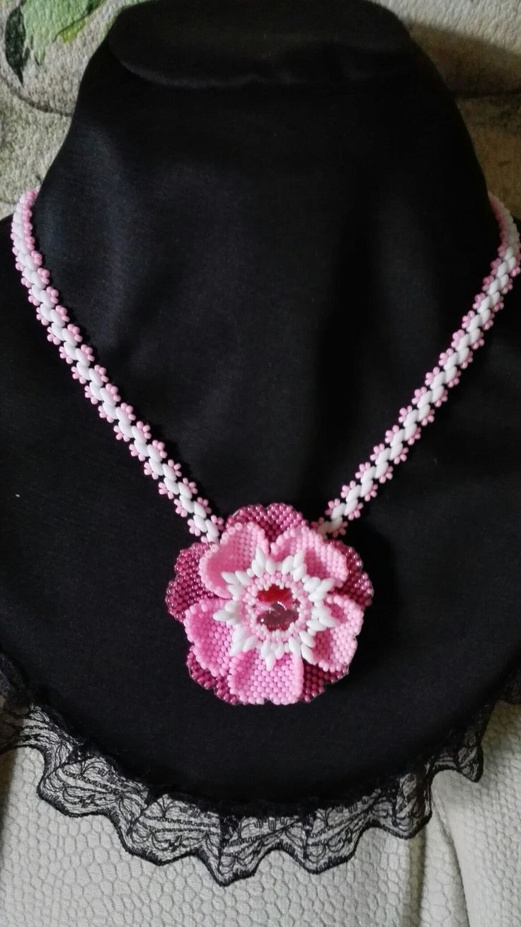 Pink Flower neckleace