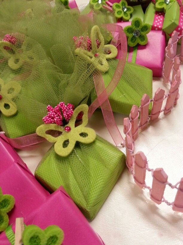 Newborn Favors Baby Girl Hot Pink And Pistachio Colors