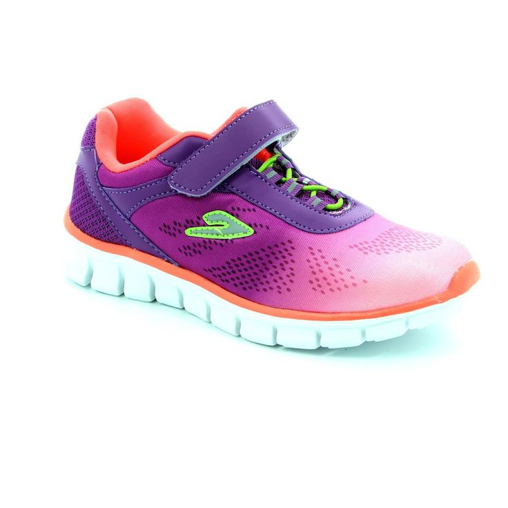 Summer 2016 trainers now in store and online. Buy your Hengst trainers now be it casual or sporty Begg Shoes & Bags has a wide range of trainers just for you: www.beggshoes.com