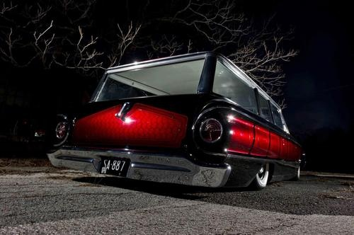 Falcon wagon. Freakin Sick! ...........click here to find out more http://googydog.com