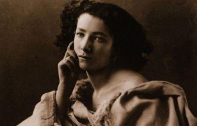 Σάρα Μπερνάρ, η κόρη της πόρνης που έγινε σταρ και παντρεύτηκε τον Αριστείδη Δαμαλά. Τον πατέρα της «Τερέζας» του Φρέντι Γερμανού