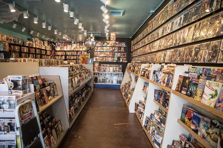 Ash Avenue Comics & Books - Best Comic Book Store - 806 S. Ash Ave., Tempe, 85281 480-858-9447 ashavecomics.com