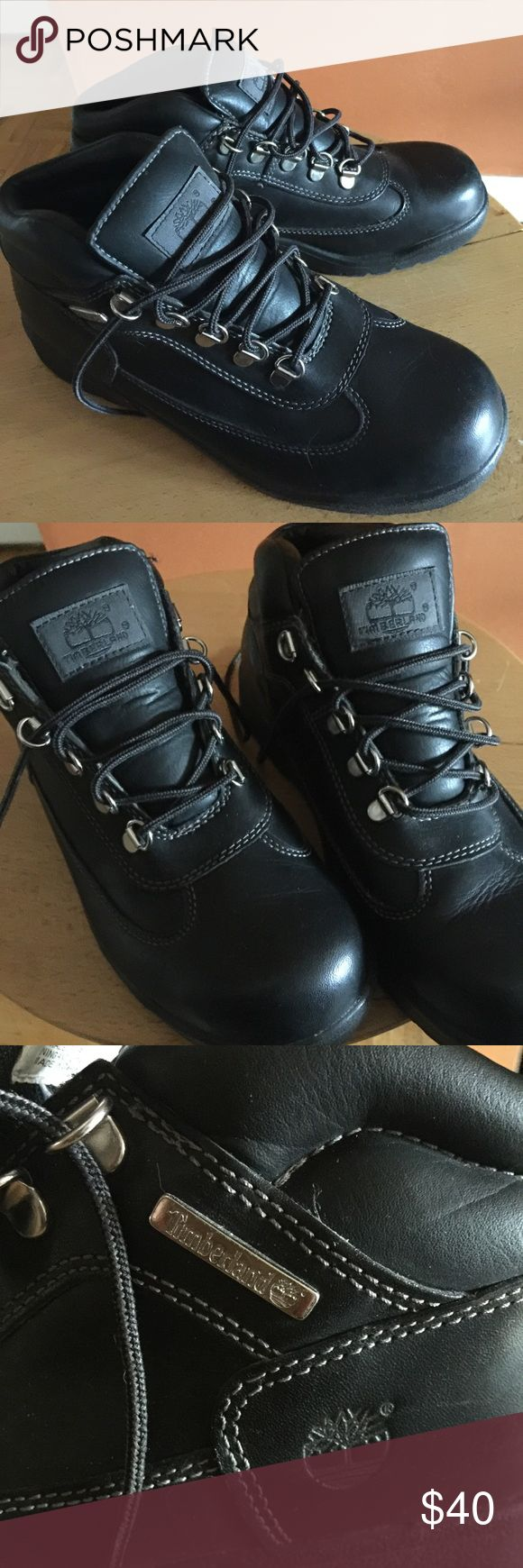 Black Timberland boots Great condition black leather timberland boots! 6.5 men's / 8.5 women Timberland Shoes Winter & Rain Boots