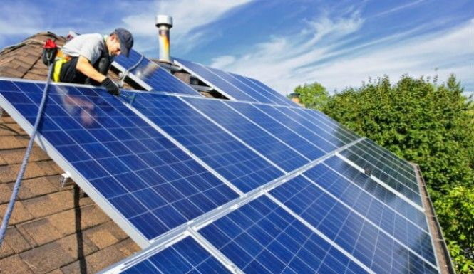 California Initiates Plan To Assist Low Income Families By Giving Them Free Solar Panels Video Solar Roof Solar Panels Solar Panel Cost