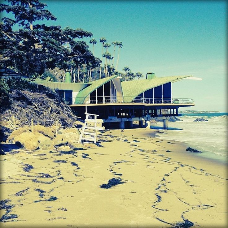 Wave House, Malibu by the legend, Harry Gesner #California #architecture