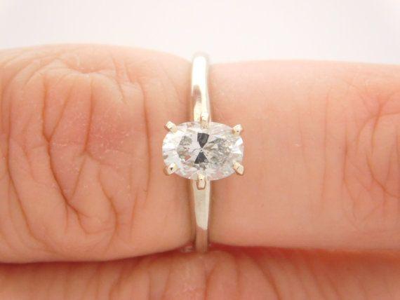 1.05 Carat EGL SI2 E Oval Cut Diamond by MikesJewelryAndMusic