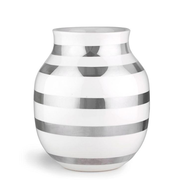 Omaggio Vase Silver Medium - Ditte Reckweg and Jelena Schou - Kähler - RoyalDesign.com
