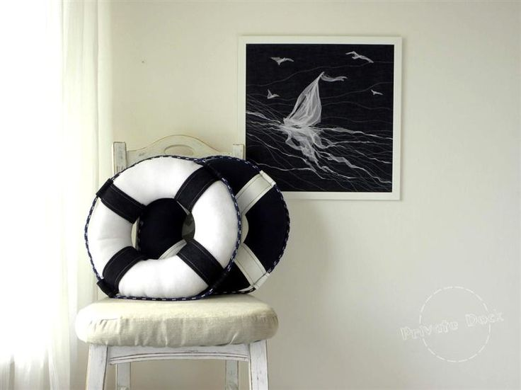 Nautical Art Navy & White - Private Dock http://www.privatedock.eu/