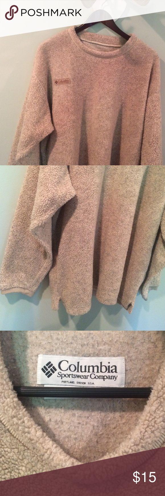 Columbia Sweatshirt Unisex. Great condition & very comfortable! Columbia Jackets & Coats