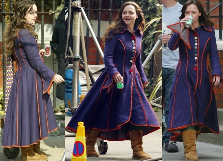 I love this movie, and her coat!