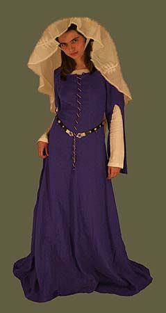 "14th-15th Century Linen Frontlaced Gown - Like these sleeves; ""fancy"" gown, like this in different colors"
