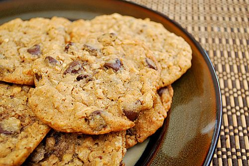 Peanut Butter Oatmeal Chocolate Chipsters .. This is like favorites ...