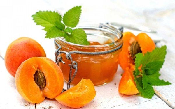 Заготовки из абрикосов на зиму. Лучшие рецепты
