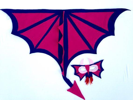 Hecho a mano fieltro alas de dragón y por Flyingoxcreations en Etsy