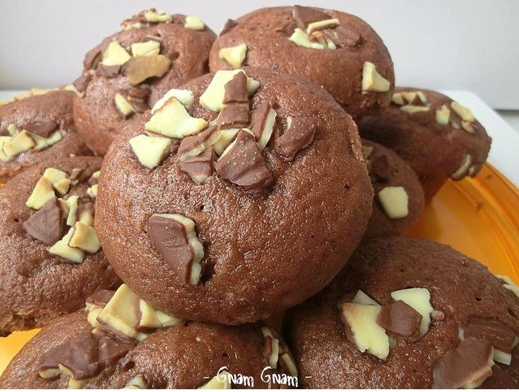Muffin al gusto di uovo kinder | Ricetta riciclo cioccolato