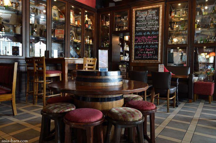 Pub Interior The traditional irish pub