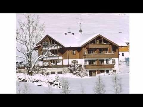 Landhaus Eibelesee - Ferienwohnungen - Oberstaufen - Visit http://germanhotelstv.com/landhaus-eibelesee-ferienwohnungen These 3-star holiday apartments with free parking are beside a forest in Oberstaufen in the Allgäu mountains. It includes a free ski pass and free access to Oberstaufen's thermal baths and sauna. -http://youtu.be/Og7h0Wa8o9I