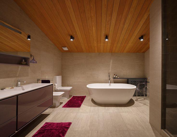 Ванная в  цветах:   Черный, Коричневый, Темно-коричневый, Бежевый.  Ванная в  стиле:   Минимализм.