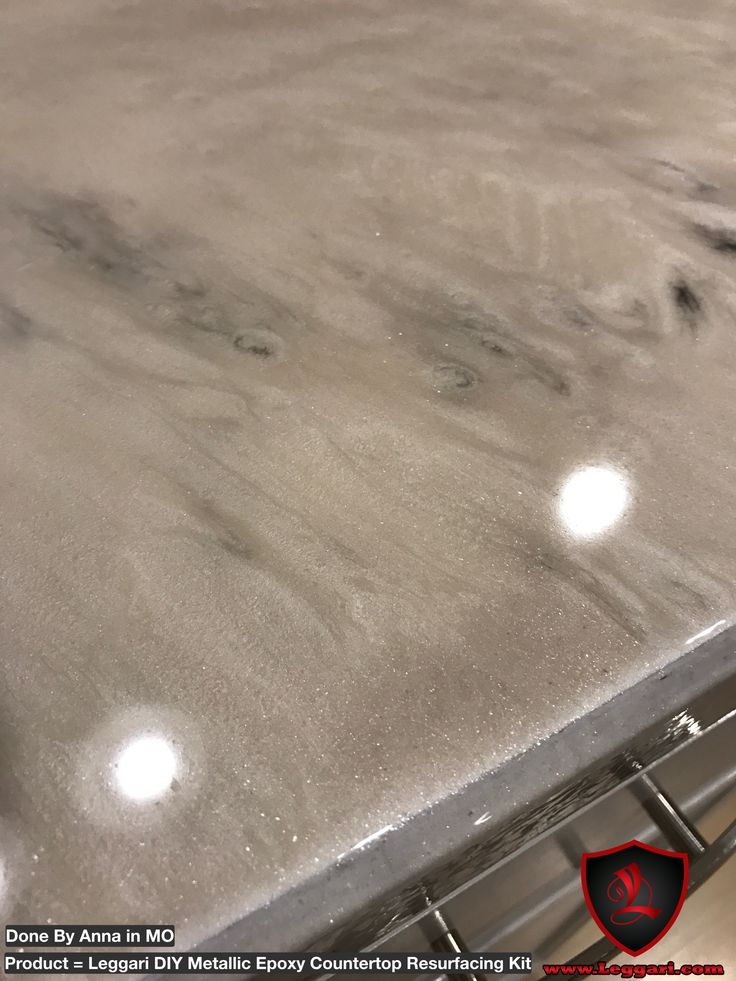 Another customer install with our #DIY #Metallic #epoxy #countertop #resurfacing #kits   That are designed to go directly over your existing #countertops #kitchen #kitchencounter #kitchenremodel #metallicepoxy #epoxyresin #epoxycoating #epoxyart