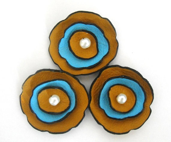 25 best images about i leather craft on pinterest for Leather flowers for crafts