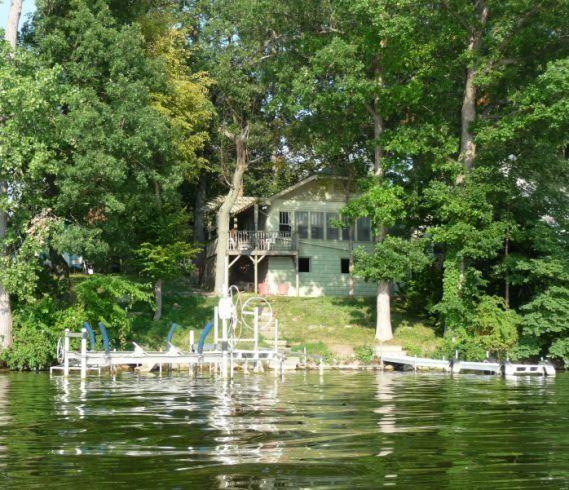 Webster Lake Vacation Rental Home In 8671 East Wesley Lane -7928