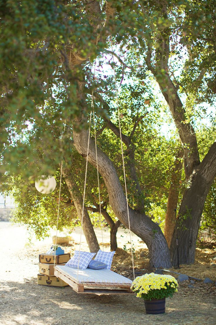Top 25 Ideas About Outdoor Beds On Pinterest Hanging