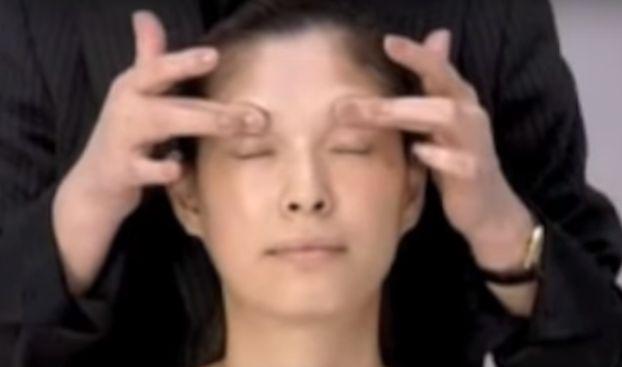 Es dauert nur 2 Wochen, um 10 Jahre jünger auszusehen – dank dieser japanischen Massage.