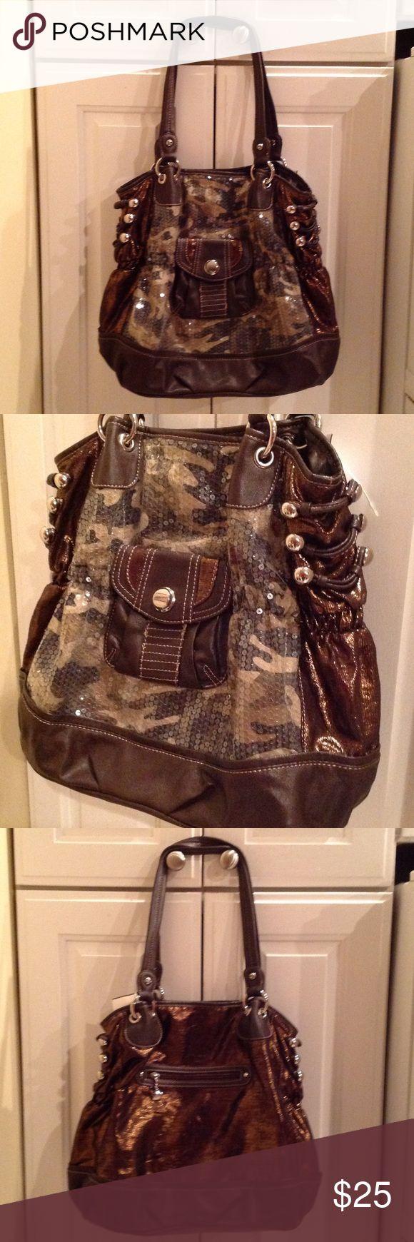 Kathy Van Zeeland  Shoulder Bag Very pretty bag for fall and winter. Gently used. Kathy Van Zeeland Bags Shoulder Bags