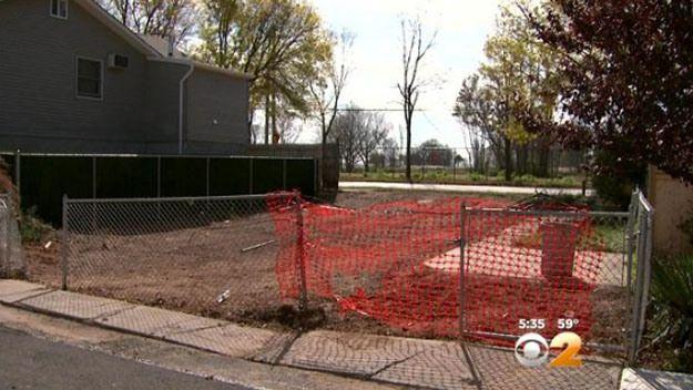 Destruction, Despair Persist A Year After Sandy On StatenIsland - CBS New York