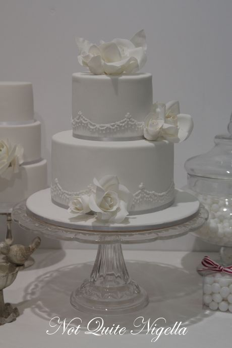 How To Make A Two Tier Wedding Cake With Faye Cahill Wedding