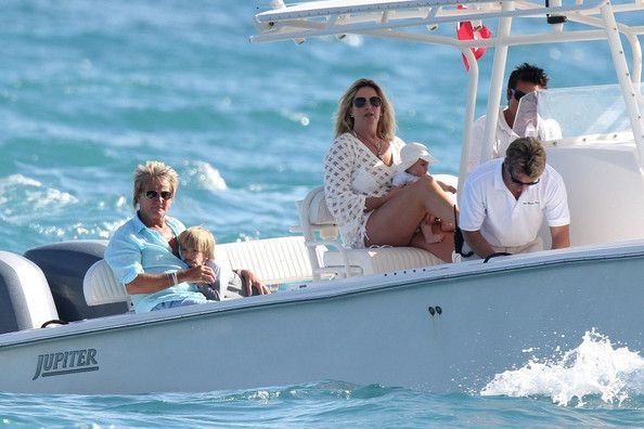 Rod Stewart and Penny Lancaster hang out with the crew of the yacht before departing with their sons Alastair (b. November 27, 2005) and Aiden (b. February 16, 2011).