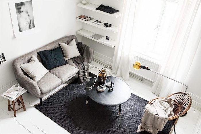 Grey Sofa Black Metal Coffee Table Black Carpet Small Apartment Decorating I Small Apartment Living Room Small Apartment Living Apartment Living Room Design