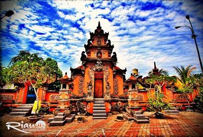 Pura Agung Jagatnatha Pekanbaru, Secercah Bali di Bumi Melayu