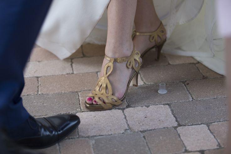Me encanta cuando me mandais las fotos de la boda. Gracias Silvia. Empezando nuevas historias. #luperamos #zapatospersonalizados #hechosamano #bridge #handmade