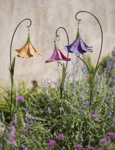 Trumpet Flower Metal Garden Stakes, Set of 3